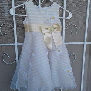 Blueberi Boulevard Little Girls Fancy Dress Sz 4
